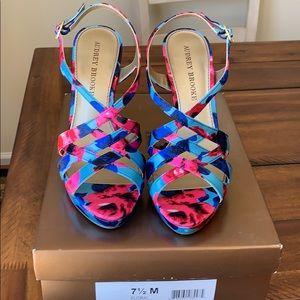 Audrey Brooke Floral Sandals Size 7.5